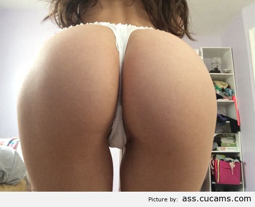 Ass Watching Breasts by ass.cucams.com