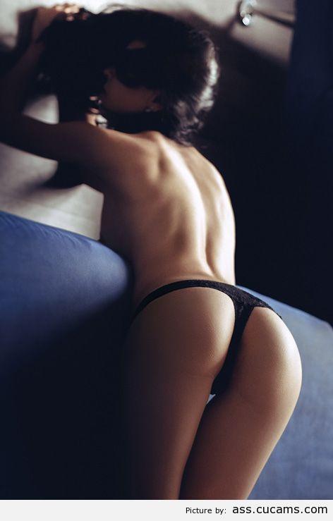 Ass Bend Rimjob by ass.cucams.com